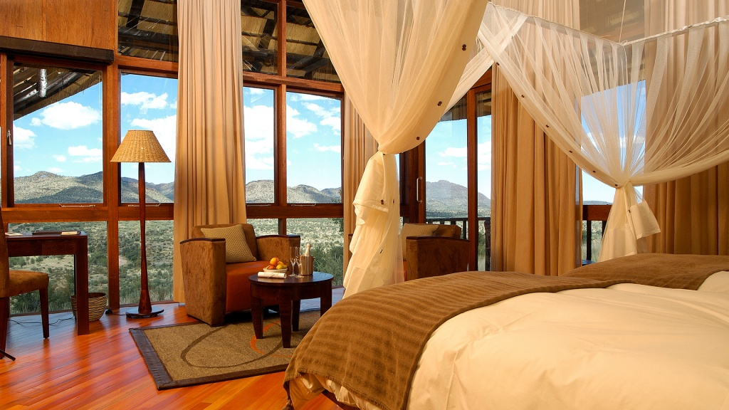Elegant-Suite-at-GocheGanas-Nature-Reserve-Wellness-Village.jpg